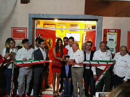 Taglio nastro sede Ferrari Club – VIDEO